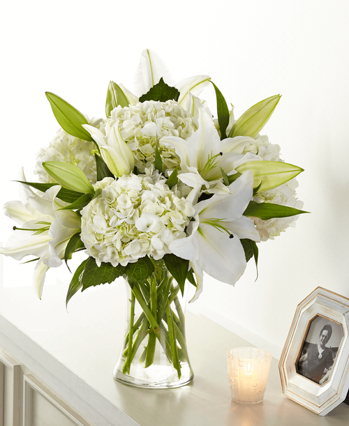 FTD Compassionate Lily Bouquet - Deluxe