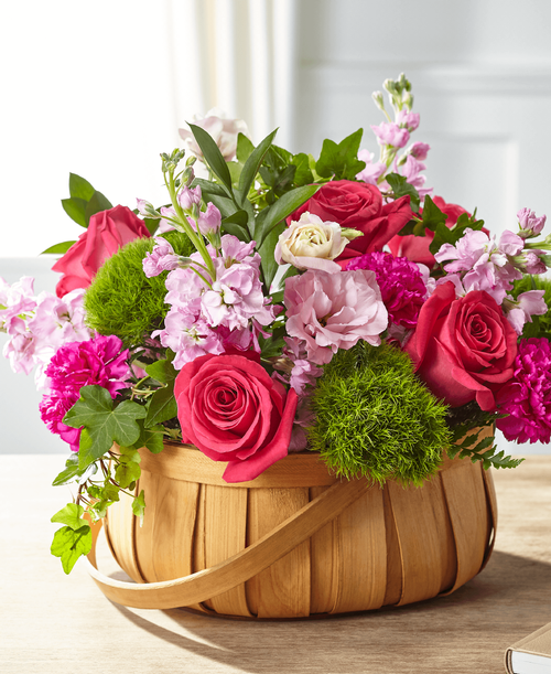 FTD Radiant Remembrance Basket - Deluxe