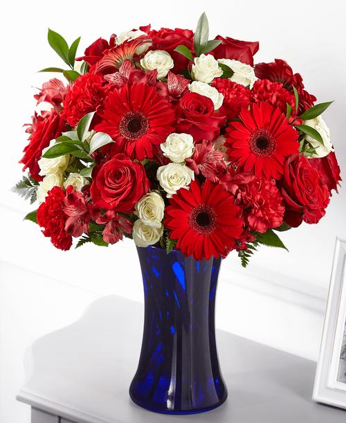 FTD Hearts Embrace Bouquet - Premium